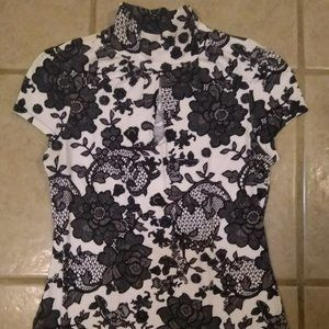 Black/white floral chinese style mock neck top